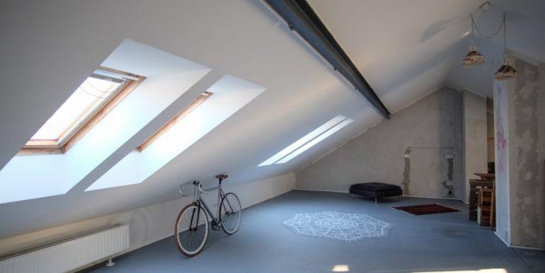 prekrasan-stambeni-poslovni-prostor-medvescaku-200-m2-slika-60363369