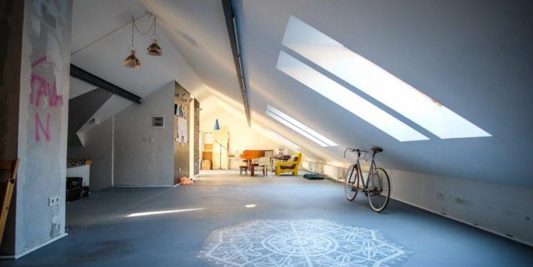 prekrasan-stambeni-poslovni-prostor-medvescaku-200-m2-slika-60363370