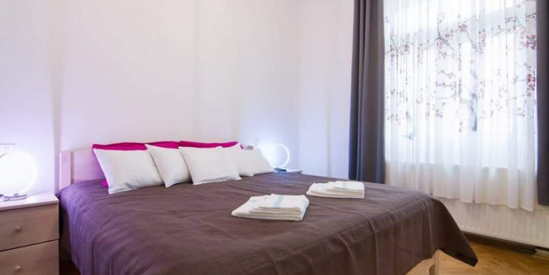 luksuzan-adaptiran-stan-centru-55-m2-slika-61665429